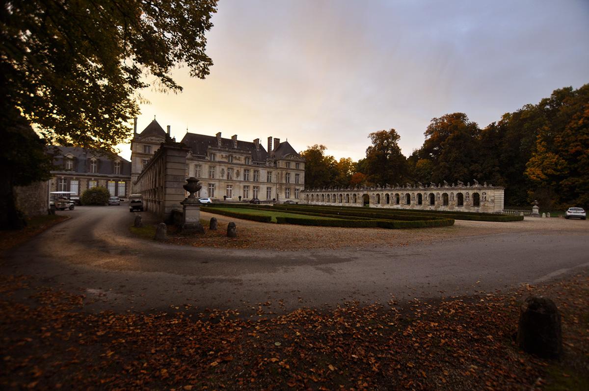 The Wild Parisian château de Raray